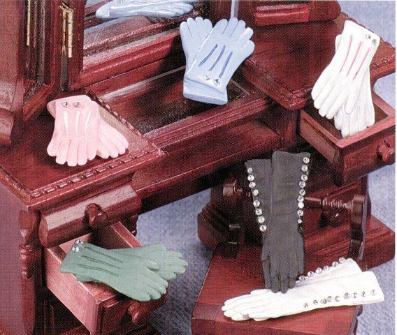 Ladies Victorian Accessories From Fingertip Fantasies